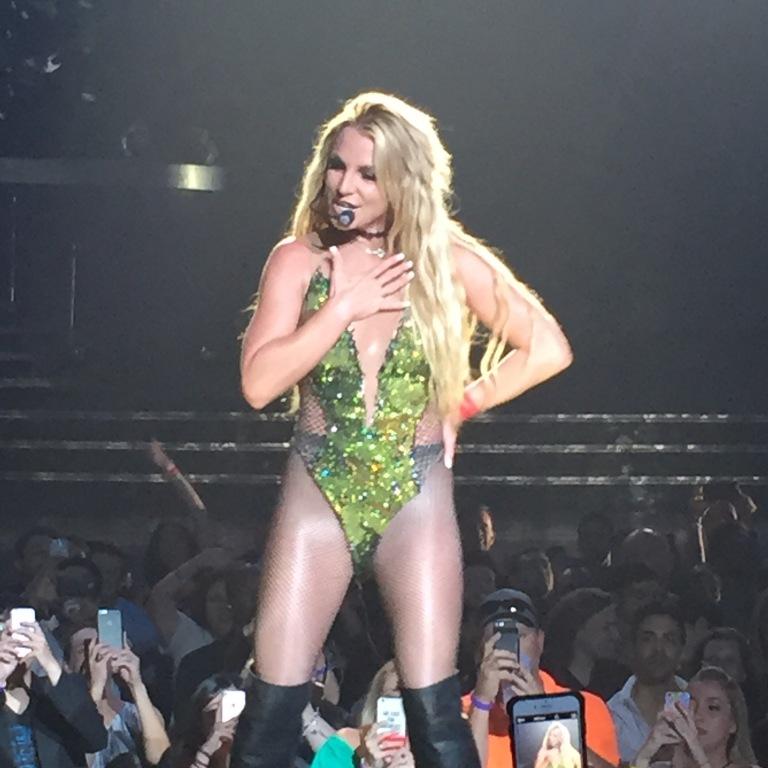 LV-Britney2